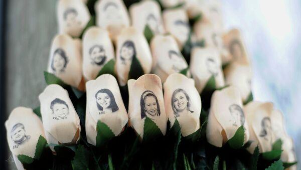 Las imágenes de las víctimas de la masacre en la escuela Sandy Hook - Sputnik Mundo