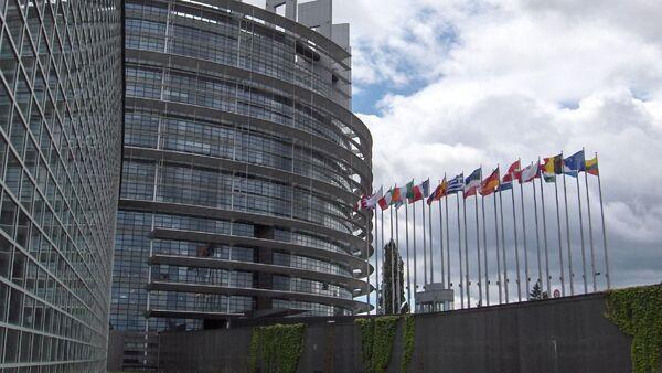 Здание Европейского парламента в Страсбурге - Sputnik Mundo