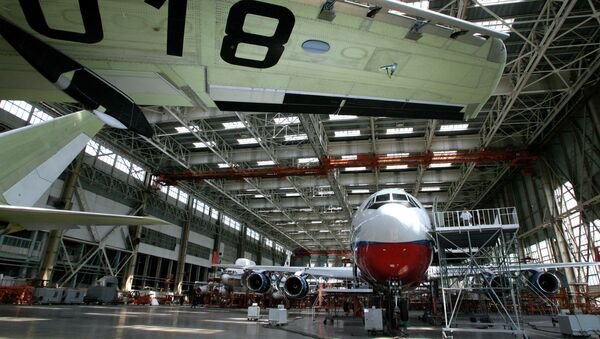 El Ministerio de Defensa ruso encarga dos aviones experimentales a la empresa Ilyushin - Sputnik Mundo