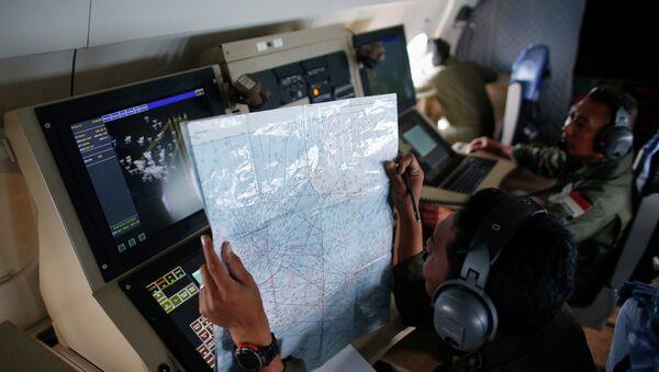 Es indispensable esforzarse en buscar las cajas negras del avión de AirAsia - Sputnik Mundo