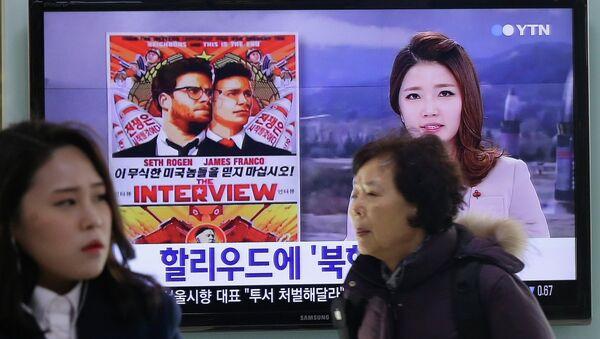 Surcoreano envía 100.000 DVDs de 'La 'Entrevista' a Corea del Norte en globo aeroestático - Sputnik Mundo