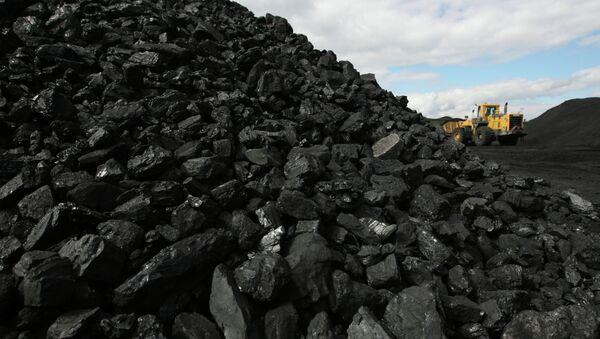 Carbón (imagen referencial) - Sputnik Mundo