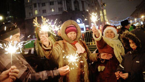 Más de 5 millones de rusos participaron en celebraciones del Año Nuevo - Sputnik Mundo