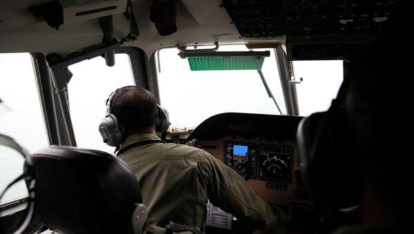 Búsqueda del avión siniestrado en Indonesia - Sputnik Mundo