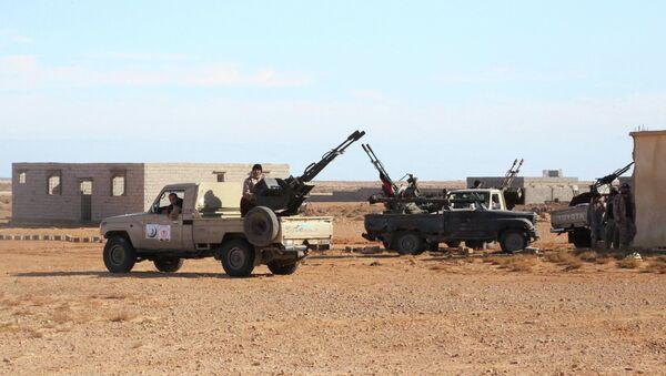 Al menos 17 muertos en un ataque a un puesto de control en Libia - Sputnik Mundo