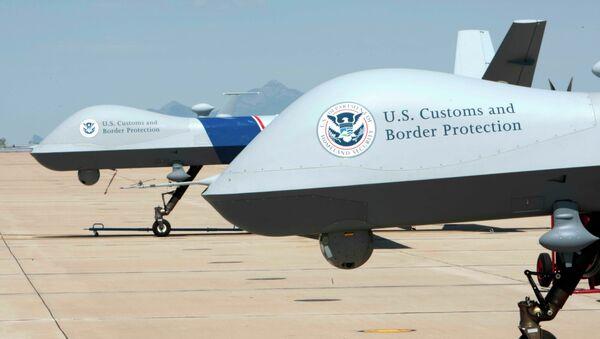 Un informe cuestiona la eficacia del uso de drones para proteger la frontera de EEUU - Sputnik Mundo