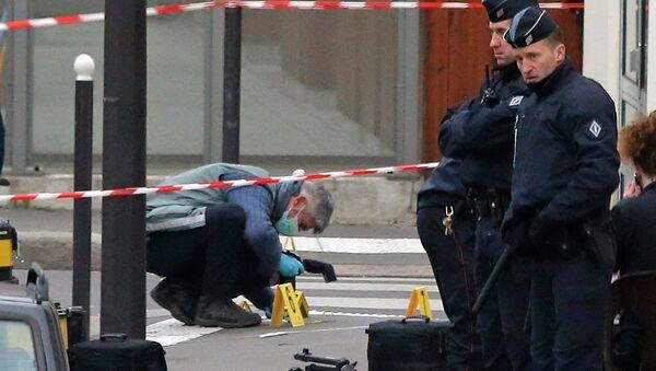 Localizados los dos sospechosos del ataque a Charlie Hebdo en el norte de Francia - Sputnik Mundo