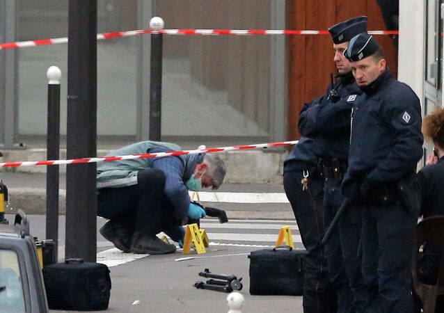 rench police are still searching for the car that the two main suspects of the Wednesday Charlie Hebdo massacre used to escape