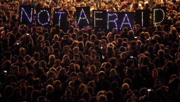 El ataque a la sede del semanario francés es un acto de odio contra Occidente, según un experto español - Sputnik Mundo