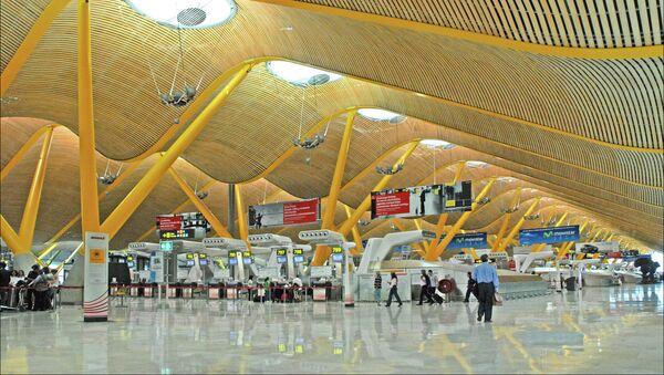Aeropuerto Madrid-Barajas - Sputnik Mundo