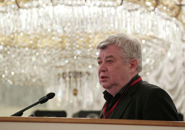 Vsévolod Bogdánov, presidente de la Unión de Periodistas de Rusia