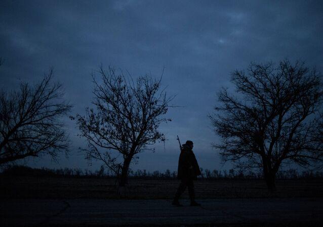 Un militante en Donbás