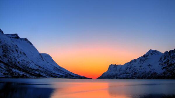 Presidentes de Finlandia y Rusia examinan la cooperación en el Ártico - Sputnik Mundo
