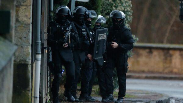 Французская полиция - Sputnik Mundo