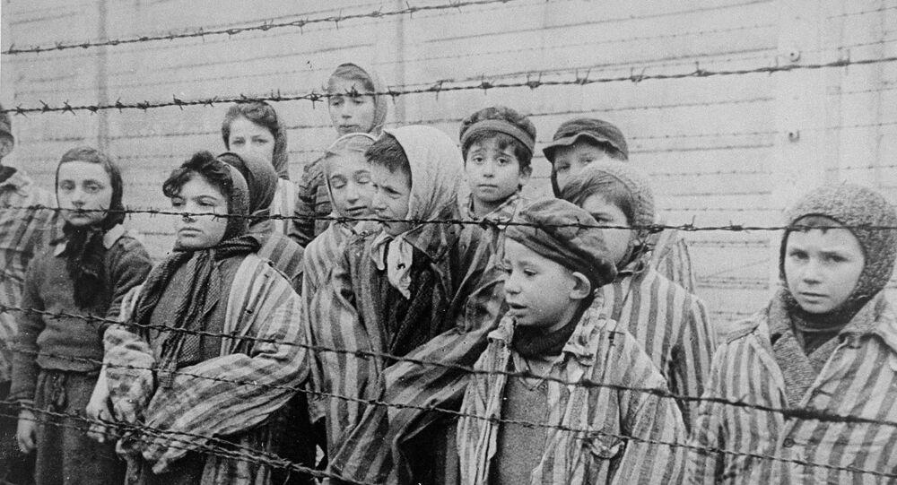 Letonia prohibe una exposición dedicada al Holocausto