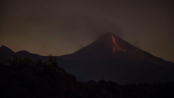 Volcán de Colima - Sputnik Mundo