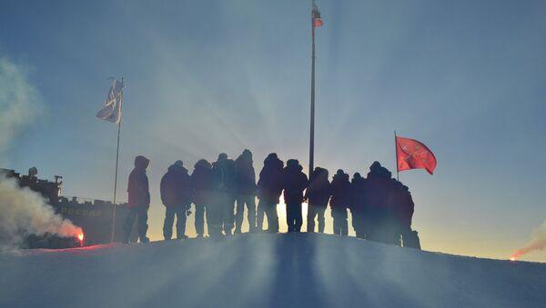 Investigadores polares rusos (archivo) - Sputnik Mundo
