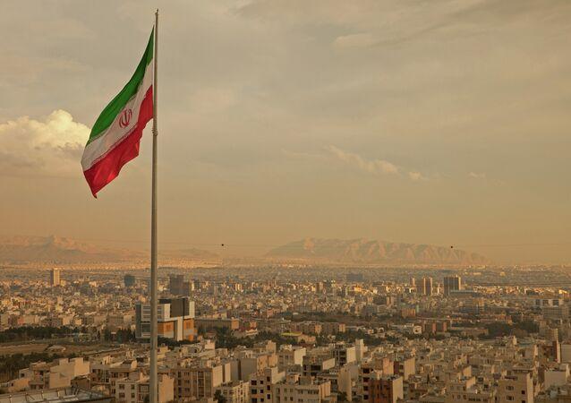 Irán obtiene acceso a $100.000 millones tras levantamiento de sanciones