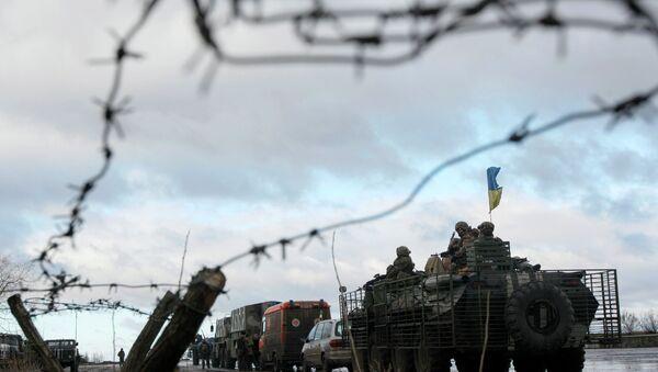 Kiev anuncia que las milicias lanzan una ofensiva en Donbás - Sputnik Mundo
