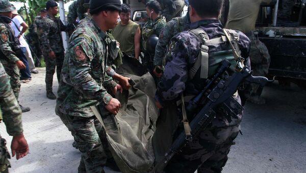 Al menos 43 muertos en enfrentamientos entre policías y rebeldes en Filipinas - Sputnik Mundo
