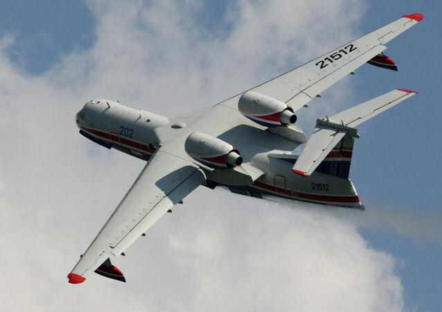 Avion anfibio multipropósito Be-200
