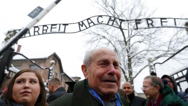 Unos 300 ex prisioneros asistirán a actos por el 70 aniversario de liberación de Auschwitz - Sputnik Mundo