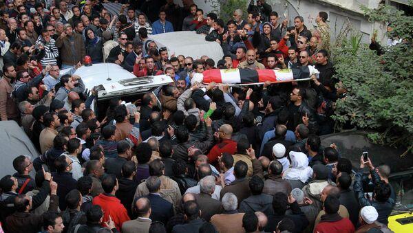 Funerales de Shaimaa al-Sabbagh, militante del partido Alianza Popular Socialista - Sputnik Mundo