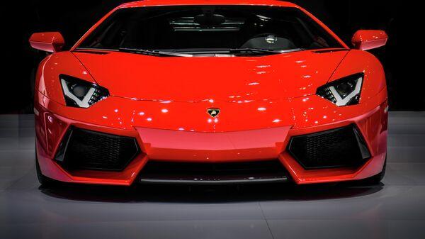 Lamborghini Aventador - Sputnik Mundo