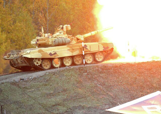 Tanque T-90 durante la feria Russia Arms Expo 2013 (Archivo)