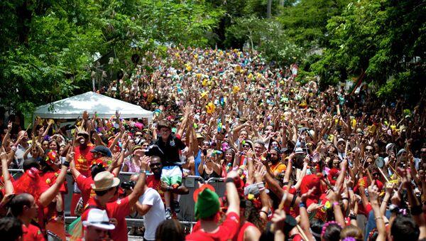 Una de las bandas del Carnaval de Río de Janeiro cancela su desfile para no ensuciar - Sputnik Mundo