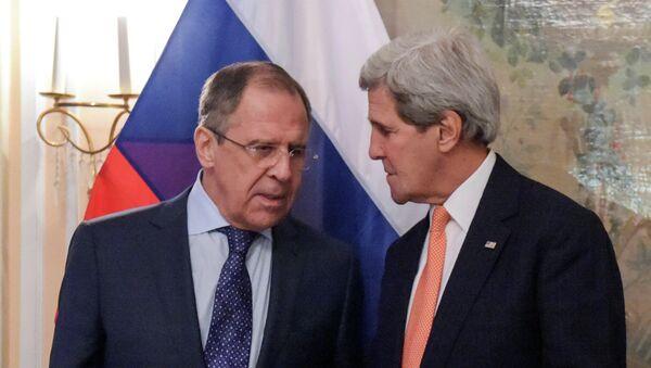Глава МИД РФ С.Лавров и государственный секретарь США Джон Керри на встрече в Мюнхене - Sputnik Mundo