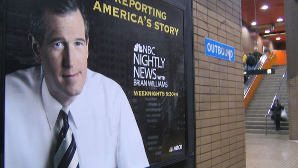 A poster for Nightly News with Brian Williams hangs in a San Francisco subway - Sputnik Mundo