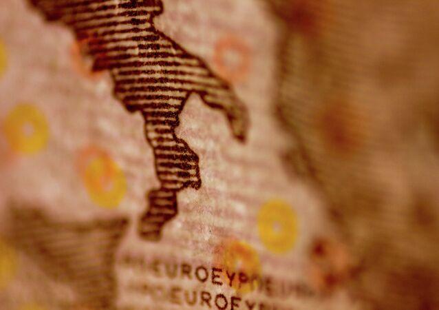Euro con la imagen de Península itálica
