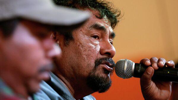 Felipe de la Cruz (R), father of a missing student from Ayotzinapa Teacher Training College, February 9, 2015. - Sputnik Mundo
