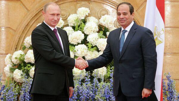 Presidente de Rusia, Vladímir Putin y presidente de Egipto, Abdelfatah al Sisi - Sputnik Mundo