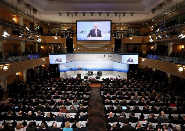 Vicepresidente de EEUU, Joe Biden habla a la audiencia durante la 51ª Conferencia de Seguridad de Múnich