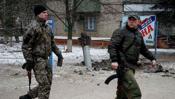 Poroshenko exigirá en la cumbre de Minsk la liberación de todos los prisioneros - Sputnik Mundo