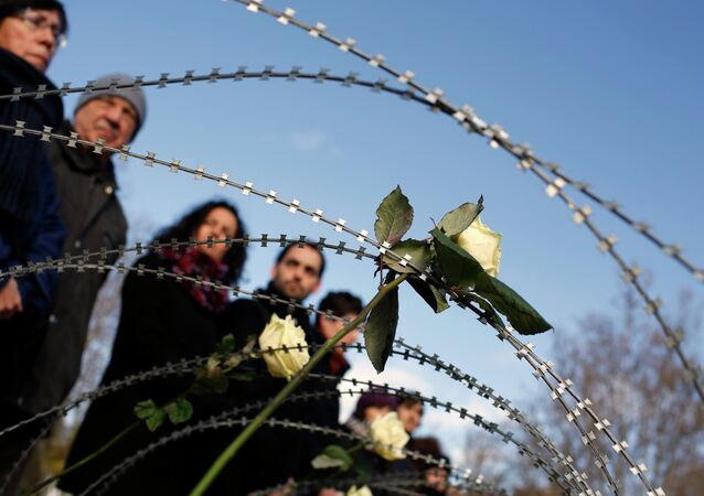 Acto de homenaje y recuerdo a las 15 víctimas fallecidas en Ceuta el 6 de febrero de 2014, mientras intentaban cruzar la frontera de Marruecos a España