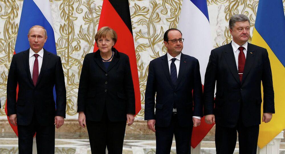 Vladímir Putin, Angela Merkel, François Hollande y Petró Poroshenko (de izquierda a derecha) en la cumbre de Minsk