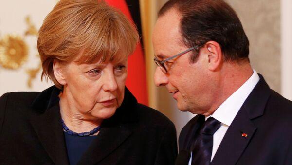 Angela Merkel, canciller de Alemania y François Hollande, presidente de Francia - Sputnik Mundo
