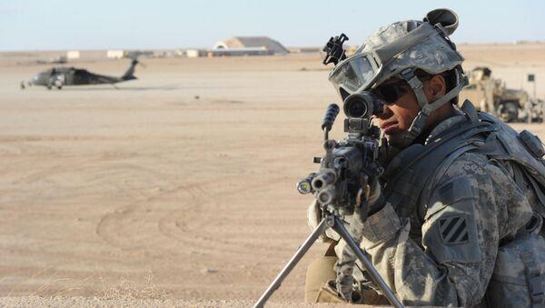 Soldado estadounidense en la base aérea Ayn al Asad (Archivo) - Sputnik Mundo