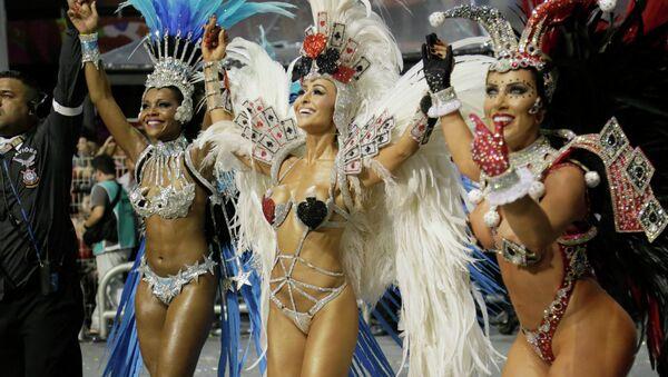 Карнавал в Сан-Паулу февраль 2015 - Sputnik Mundo