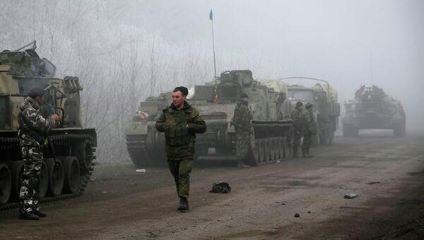 El envío de armas a Kiev arruinará los acuerdos de Minsk, dice jefe de la Duma - Sputnik Mundo