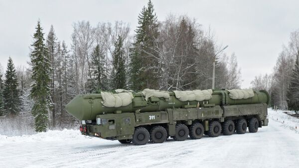 Подвижный грунтовый ракетный комплекс Ярс - Sputnik Mundo