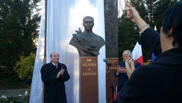 El héroe soviético Mamsúrov ya tiene su monumento en Fuenlabrada - Sputnik Mundo