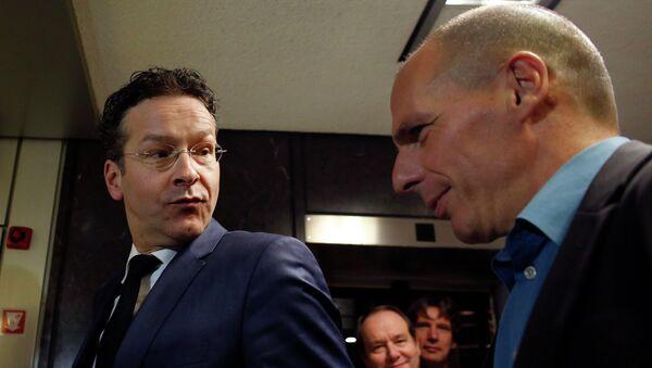 Jefe de Eurogrupo, Jeroen Dijsselbloem y ministro de Finanzas de Grecia, Yanis Varoufakis - Sputnik Mundo