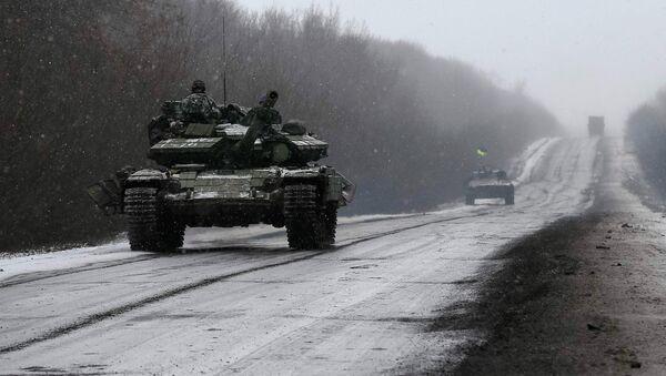 Embajador ruso ante la UE espera que se cumpla la retirada de las tropas en Donbás - Sputnik Mundo
