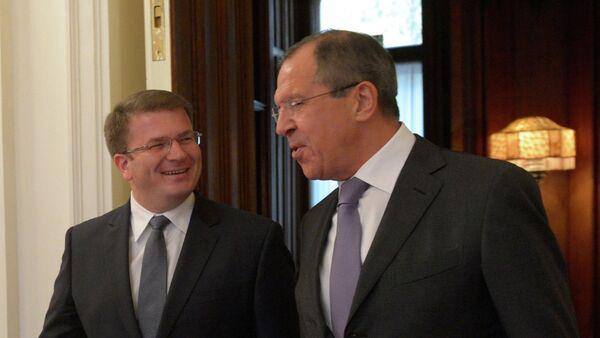 Ministro de Exteriores de Osetia del Sur, David Sanakoev y ministro de Exteriores de Rusia, Serguéi Lavrov (Archivo) - Sputnik Mundo