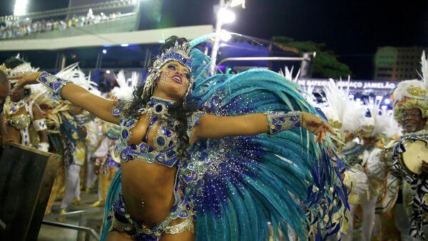 La polémica rodea al millonario carnaval de Brasil - Sputnik Mundo