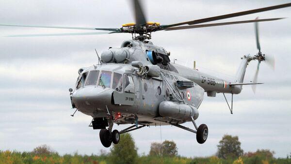Nuevo helicóptero de transporte Мi-17V-5, uno de los que fueron presentados en la exposición Aero India 2015 - Sputnik Mundo